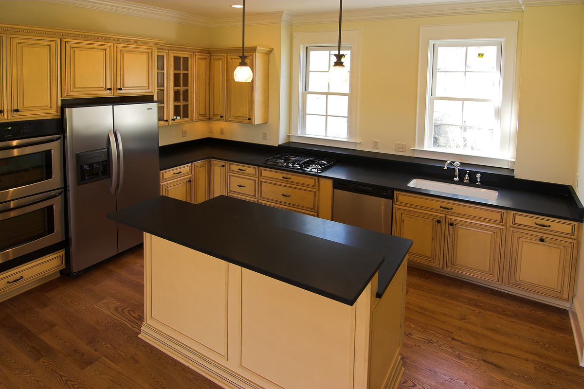 Impressive White Kitchen Cabinets with Black Countertops 1200 x 800 · 803 kB · jpeg